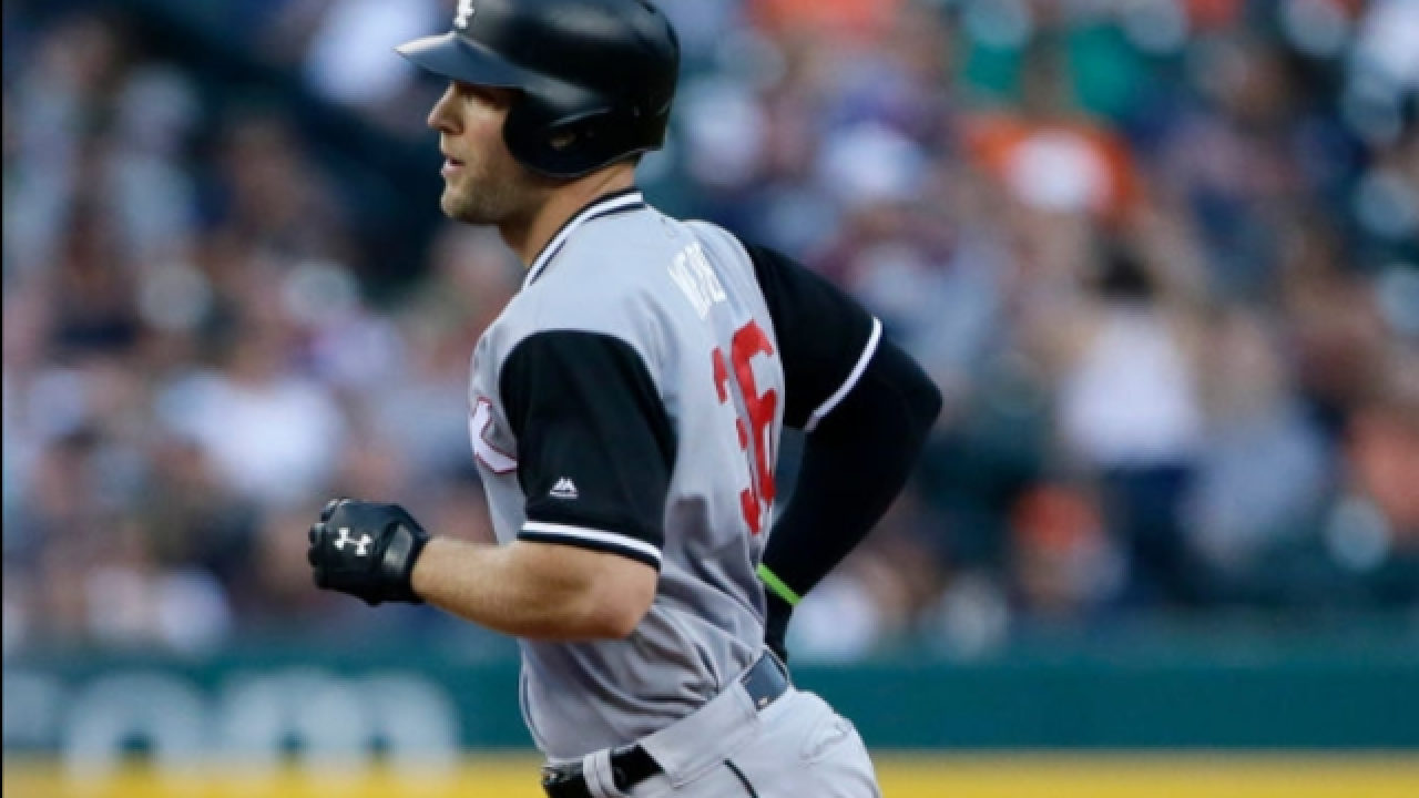 Kevan Smith hits emotional homer as White Sox beat Tigers
