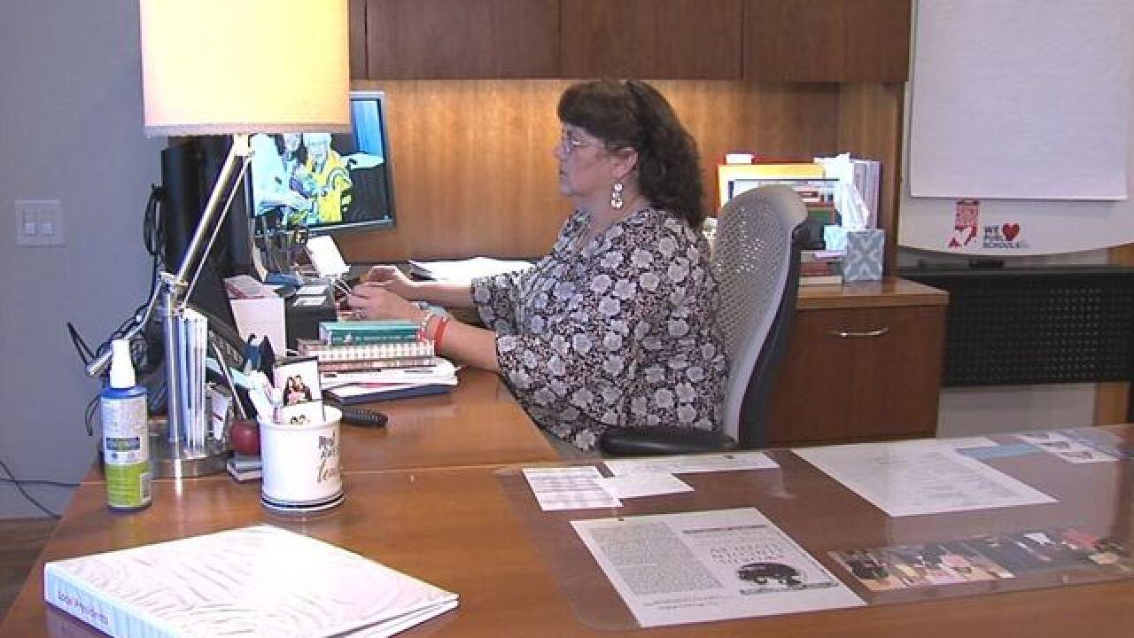 Ind. teachers push for change in radon testing