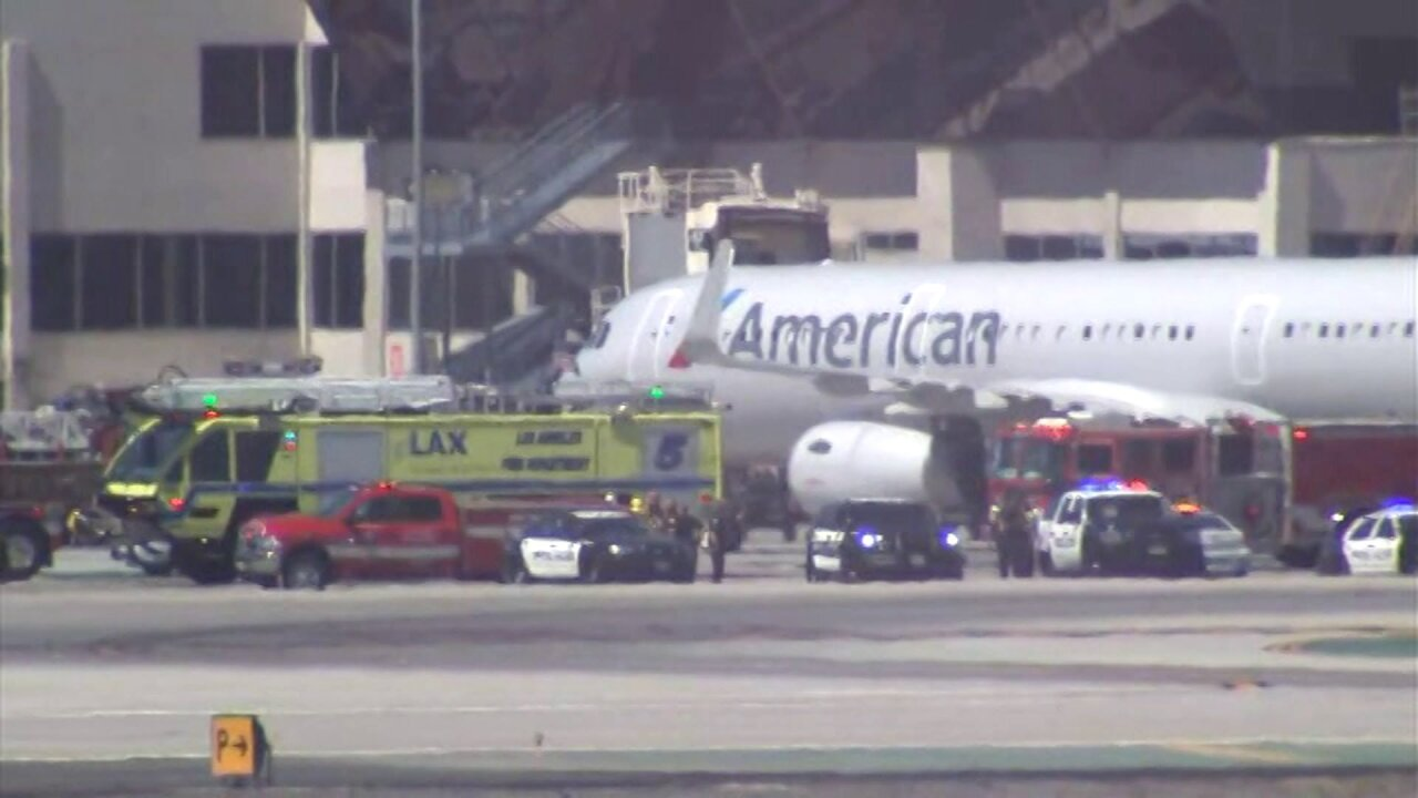 8 injured after jet collides with truck at LAX