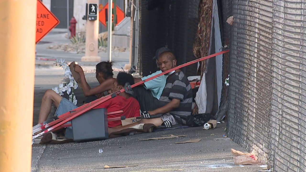 End of eviction moratorium could mean more living in vehicles, on southern Nevada streets