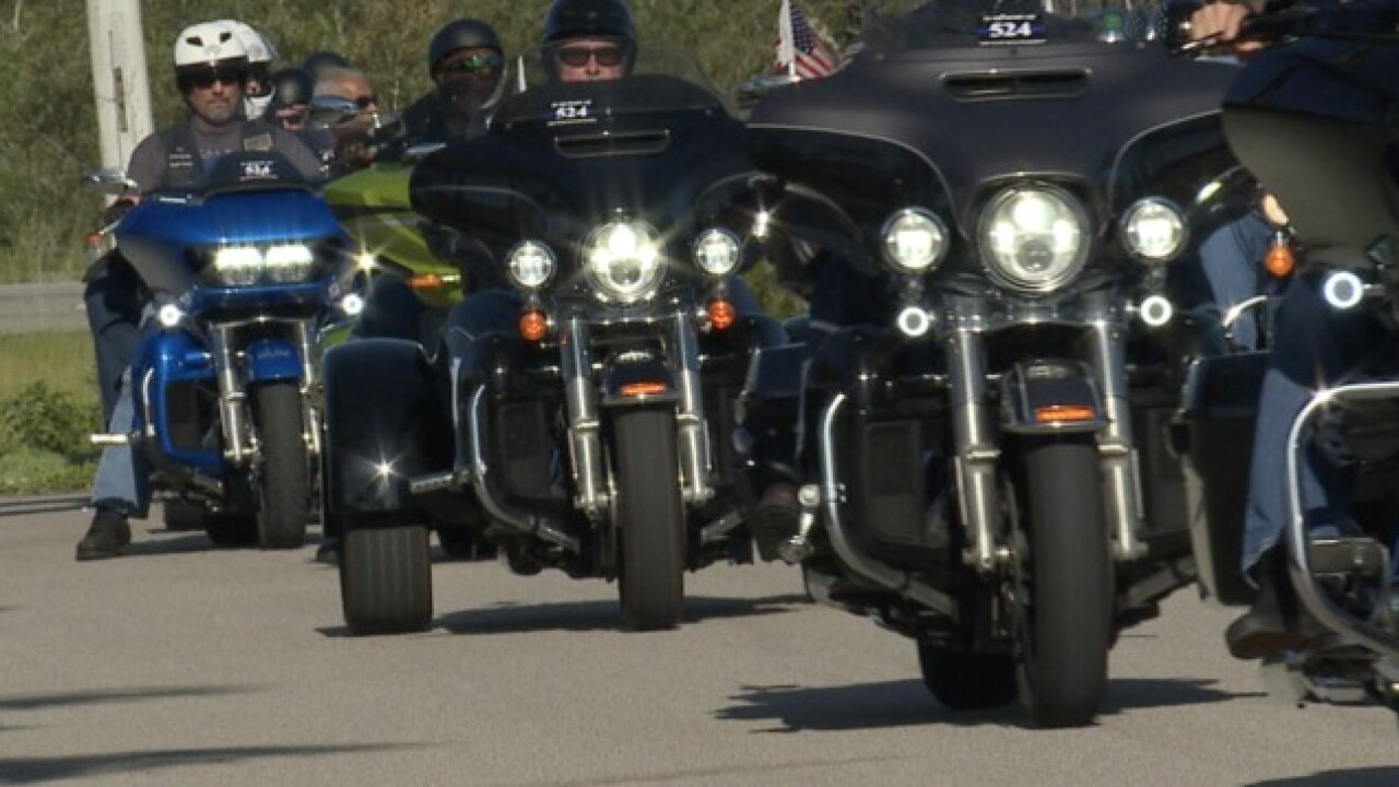 Motorists ride to honor fallen officer in Fort Myers