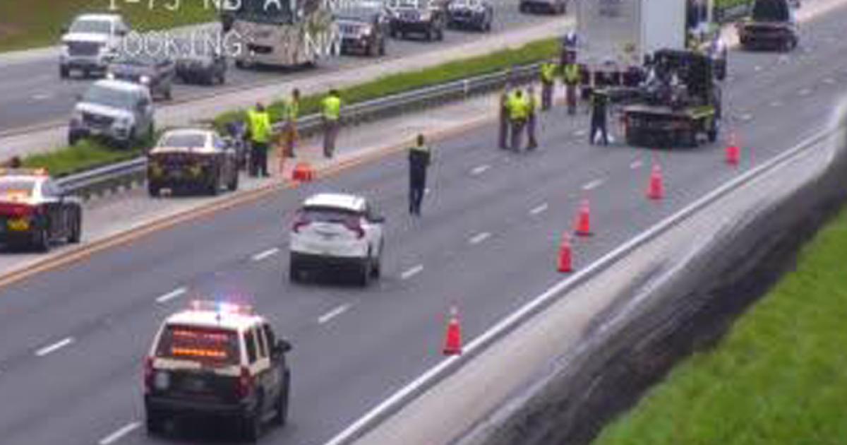 Deadly crash involving three motorcycles, tractor trailer closes I-75 in Ocala