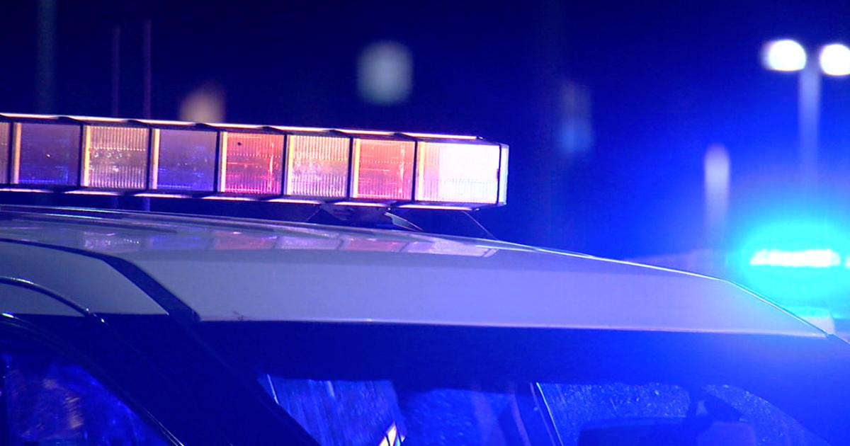 Pedestrian killed in Lakewood hit-and-run crash