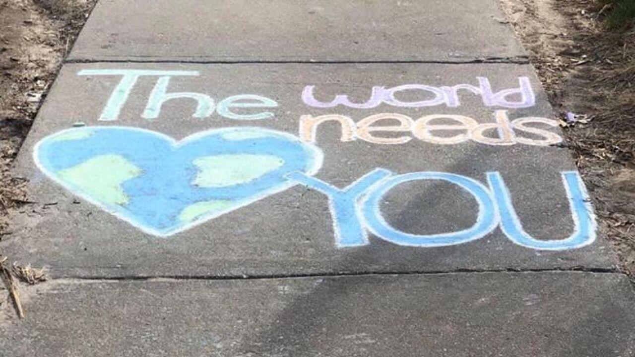 Chalk art encourages employees outside of Bergan Mercy