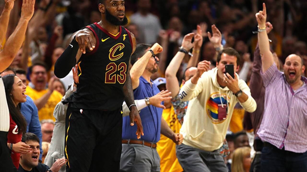 f9001e2a810f LeBron James had the perfect response to passing Kareem Abdul-Jabbar s  playoff scoring record