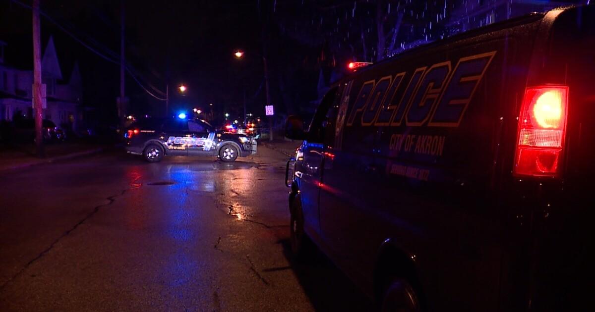 Man dies after being found on Akron sidewalk with multiple gunshot wounds