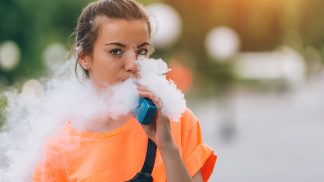 Sixth person dies from mysterious lung disease related to vaping. Here's everything you need to know