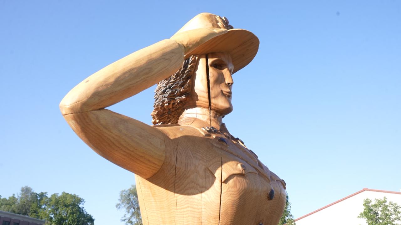 World War II soldier statue