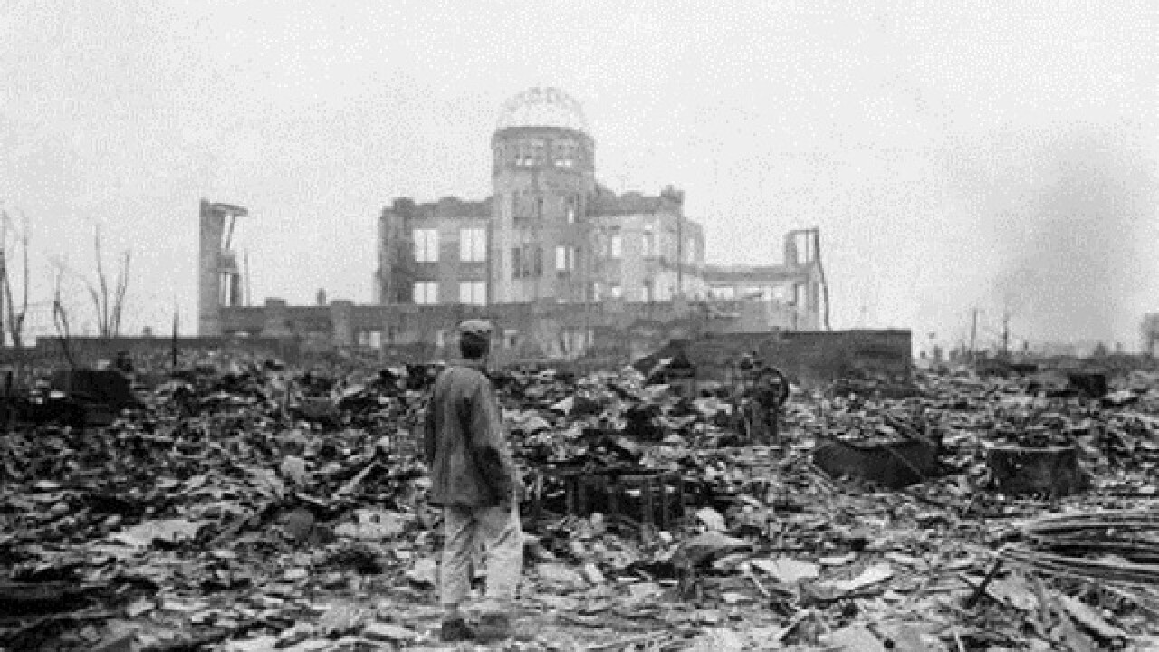 Eager to heal old wounds, Obama will visit Hiroshima