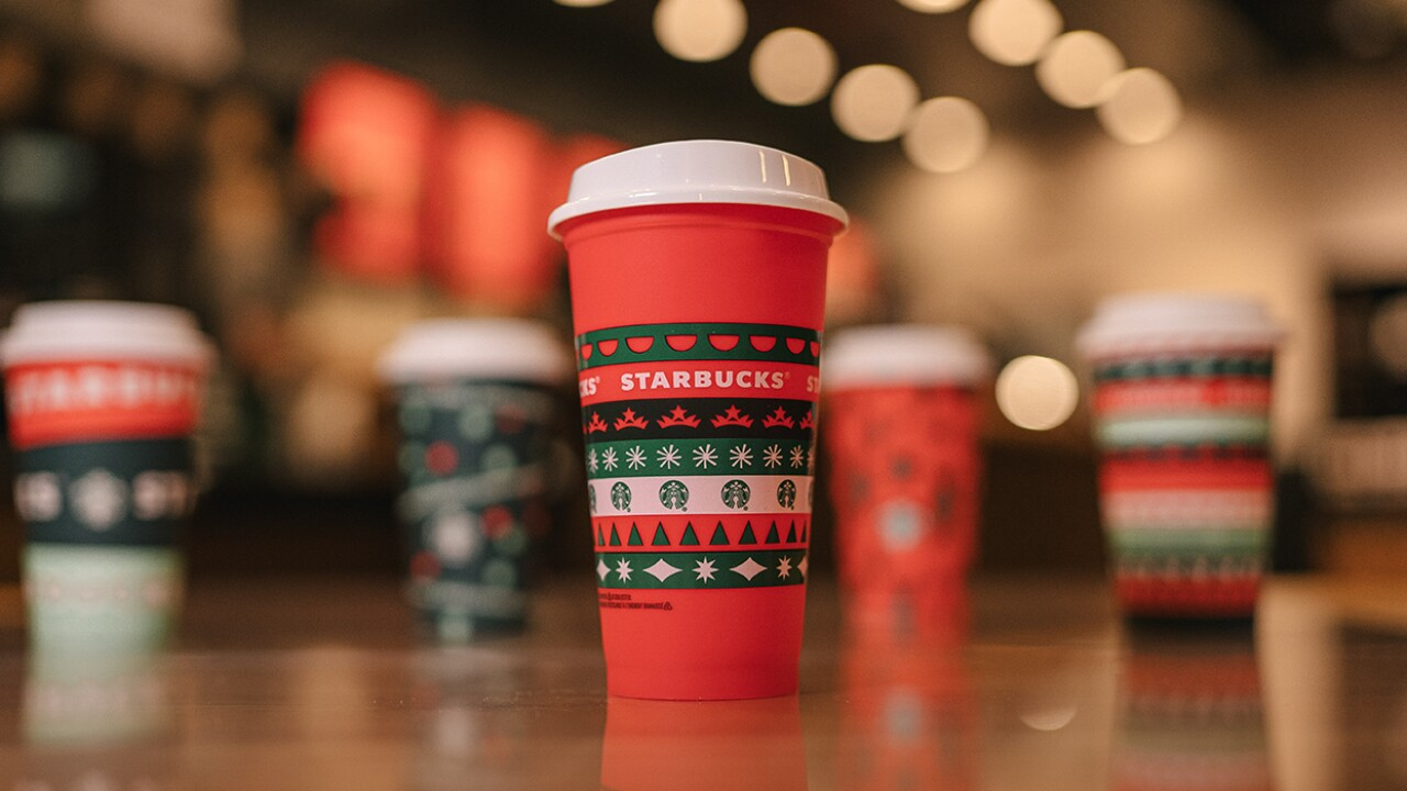 Starbucks adds some merry to the week with free holiday cup giveaway