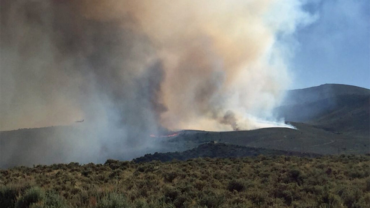 3 men wanted as Bocco Fire burns more than 400 acres in Eagle County