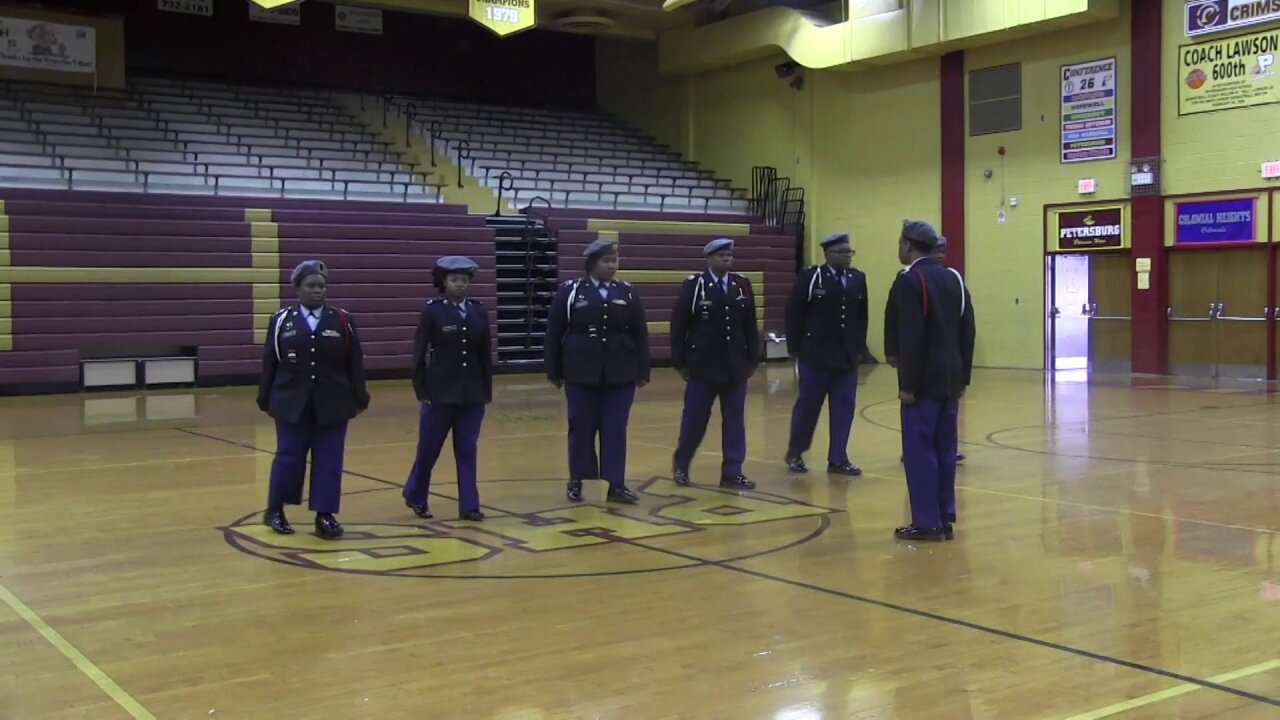 JROTC students honor actor duringcompetition
