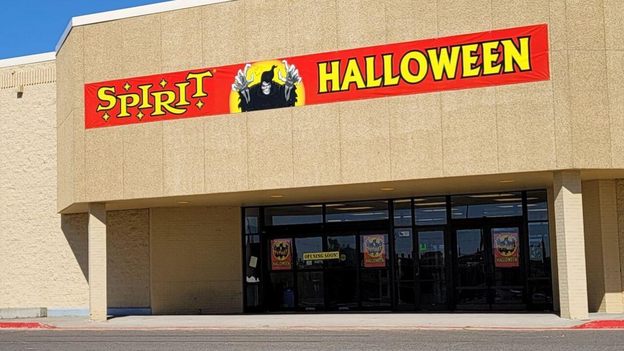 Spirit Halloween store preparing to open in Great Falls