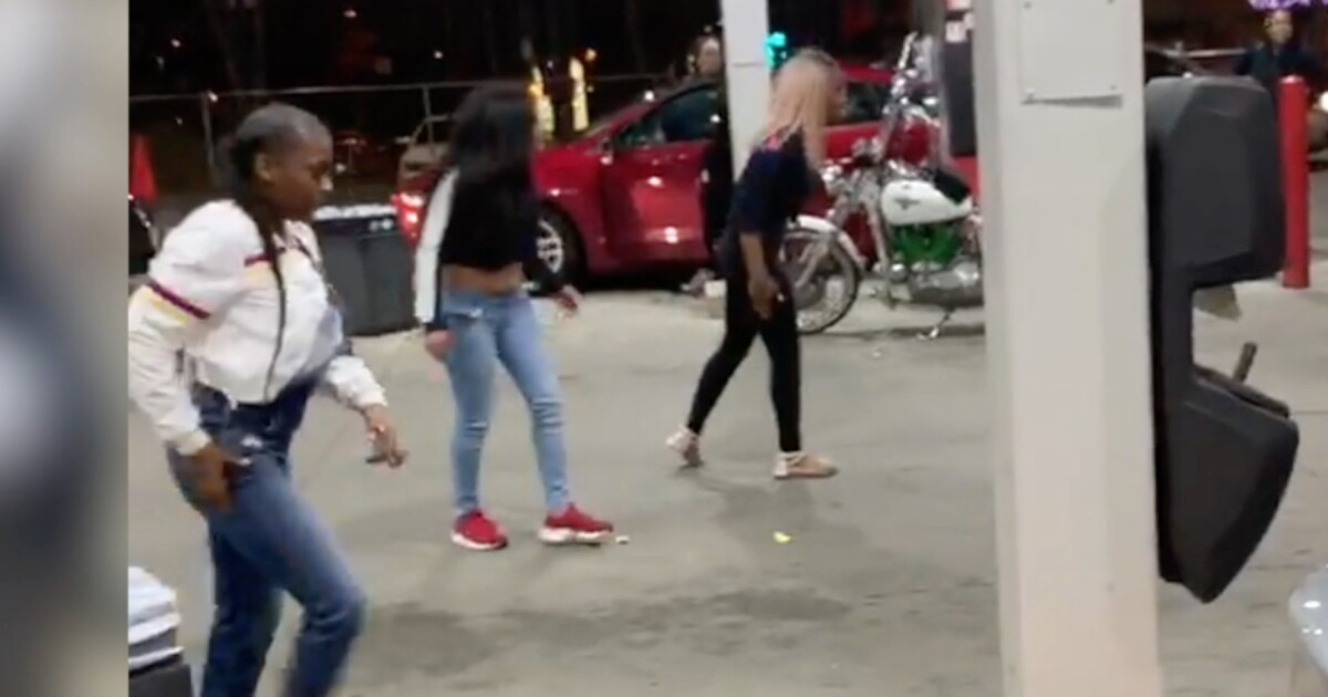 Gas Prices Dayton Ohio >> Fight over hot dog leads to wild brawl caught on video at