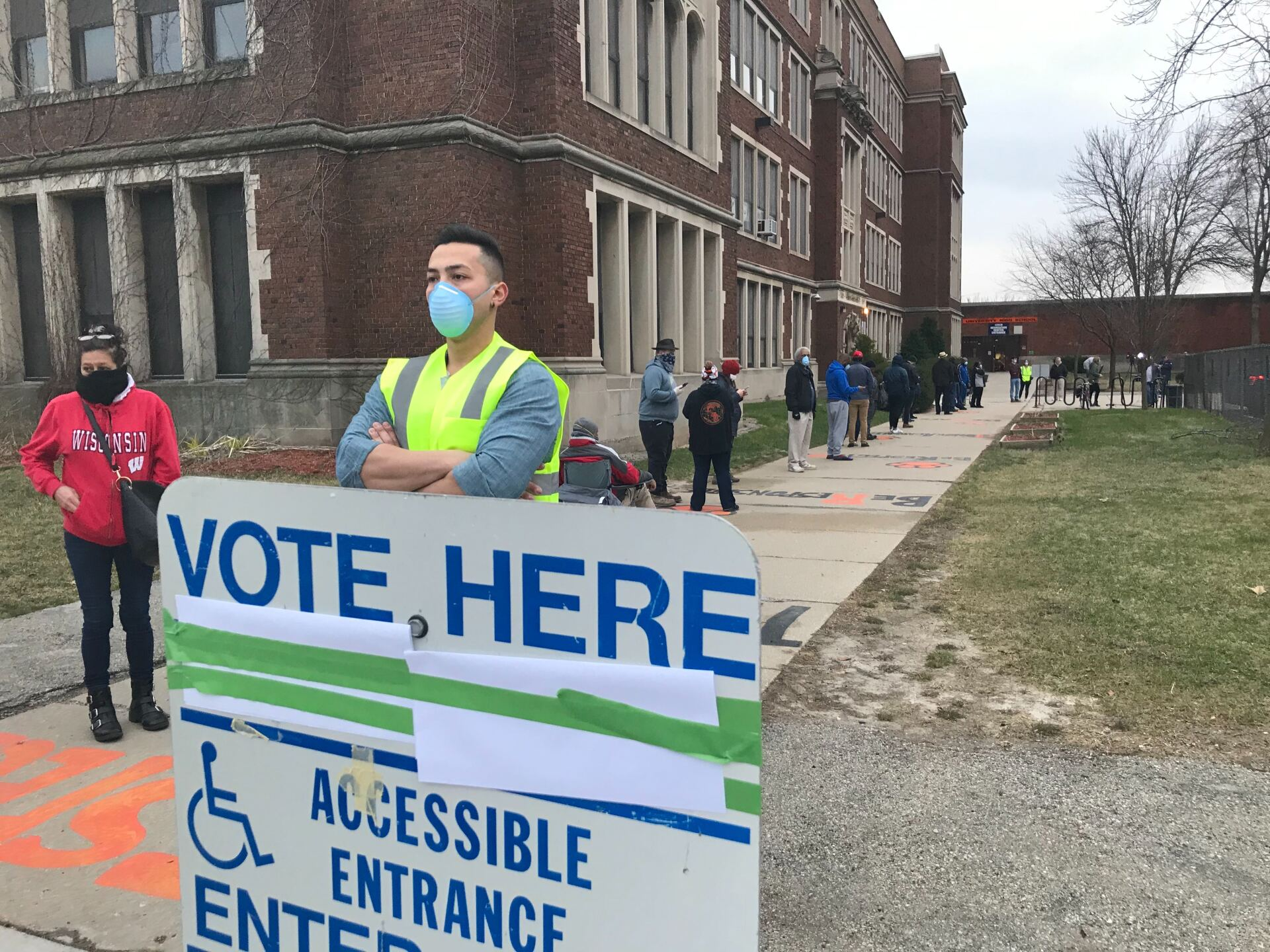 Wisconsin's spring election continues on despite coronavirus pandemic