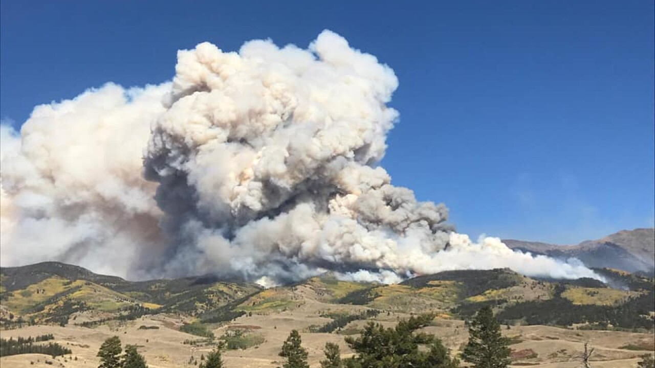 Decker Fire active Saturday, grows to more than 300 acres
