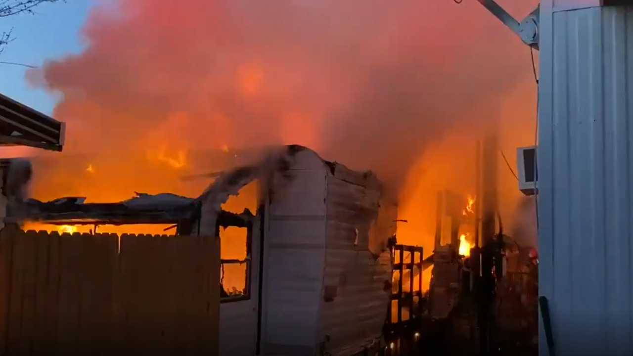 Flower St Mobile Home Fire.PNG