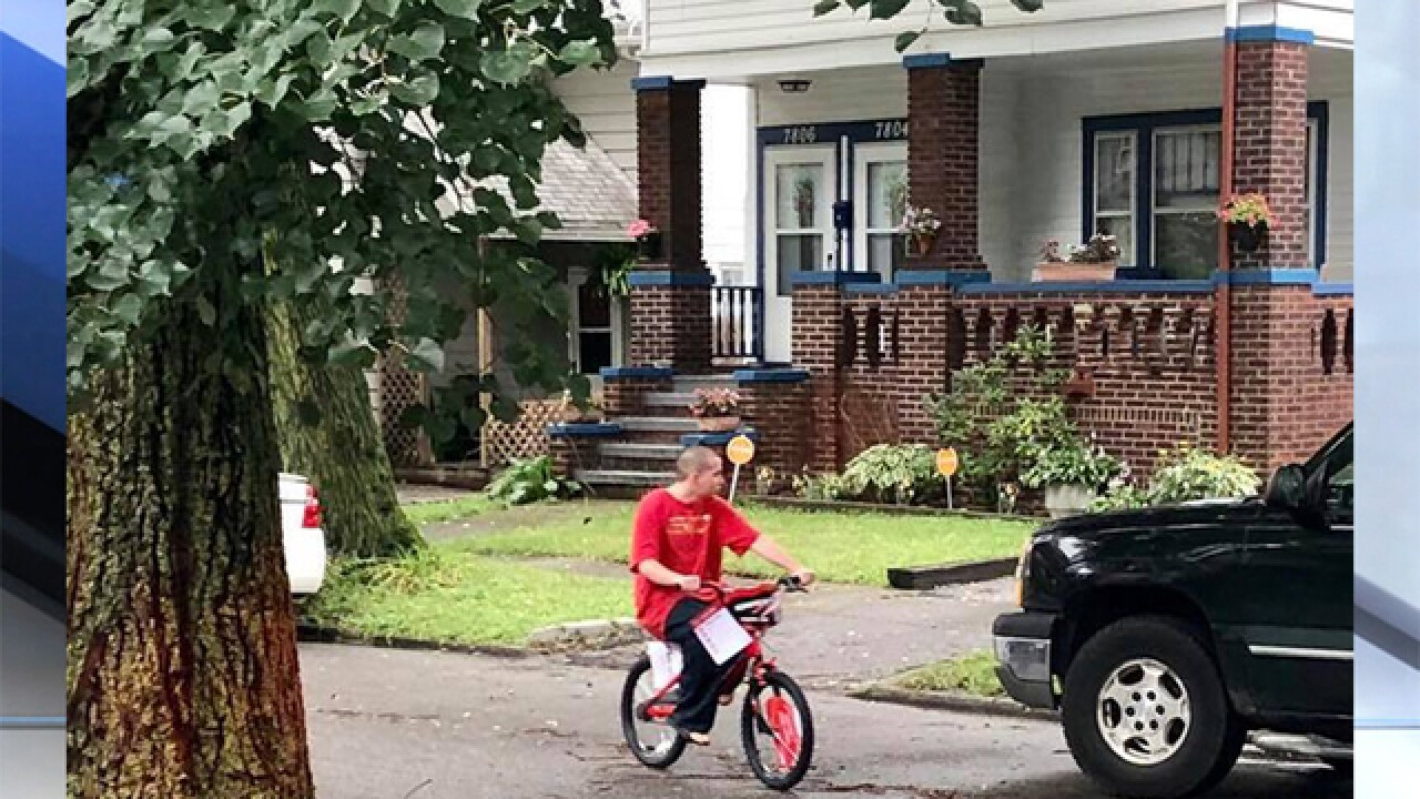 Teen bullied for riding pink bike gets new one