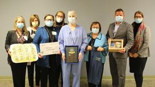 McLaren awards Lansing surgical tech with safety champion award