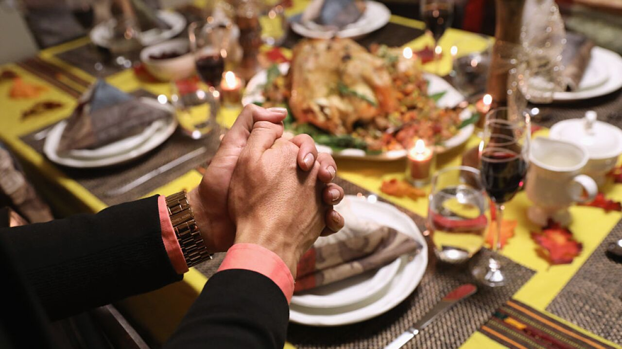 Don't talk about your diet and other Thanksgiving etiquette advice