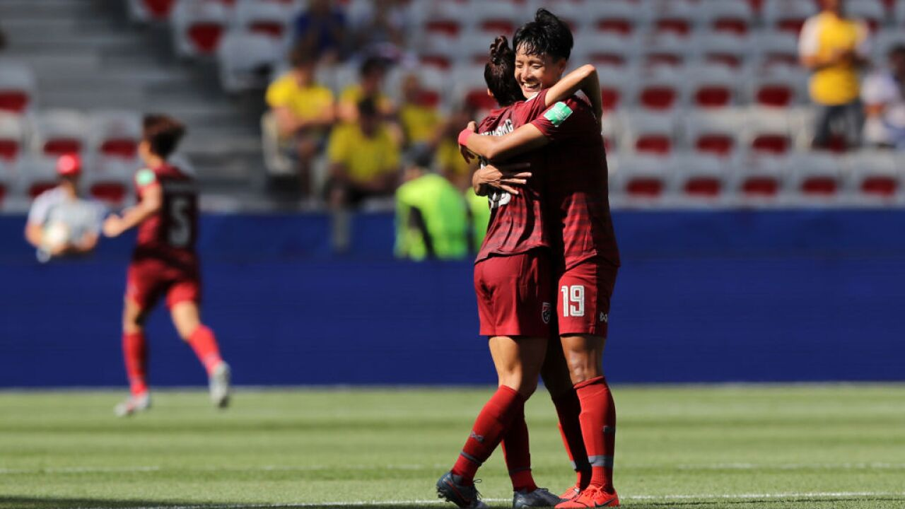 Thailand Scores 1st World Cup Goal In 5 1 Loss To Sweden