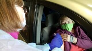 Jean Dunn receives COVID-19 vaccine