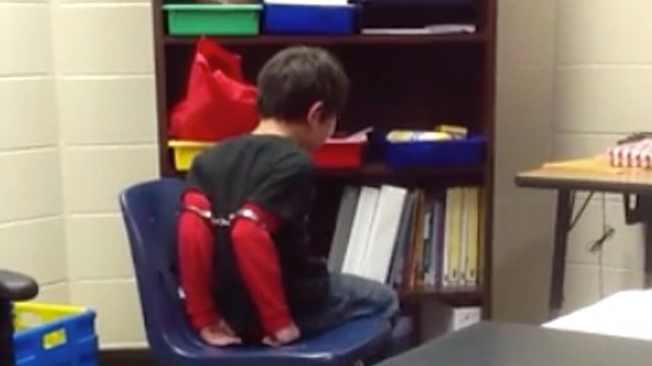 ACLU: Kentucky sheriff's office agrees to settlement in school handcuffing case