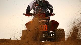 motocross-1283303_1920.jpg
