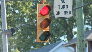Deaths caused by drivers running red lights hits 10-year high, AAA study finds