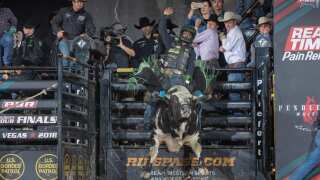 Joao Ricardo Vieira wins 2nd straight PBR event, closes in on Lockwood's lead