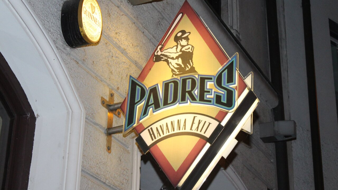 germany padres bar_4.jpg