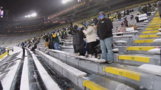 Packers expect to host 8,000 fans at Saturday's playoff game