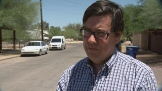 Pima County considers texting and driving ban