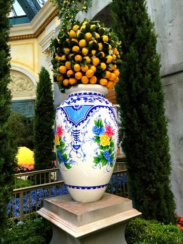 PHOTOS: Summer arrives at Bellagio Conservatory & Botanical Gardens 2017