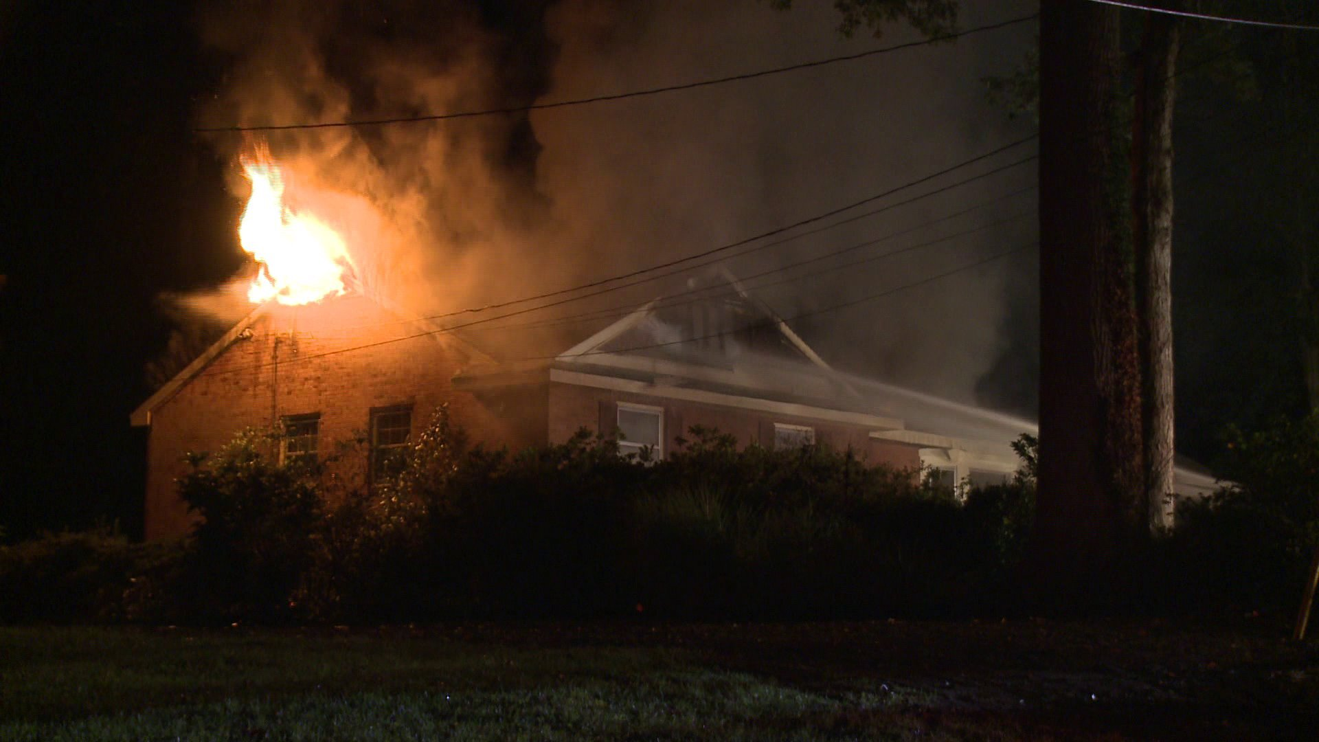 Photos: 76-year-old dies after food left on stove sparks Chesterfield housefire