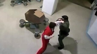 Confessed Parkland shooter Nikolas Cruz attacks a jailer Nov. 13, 2018.