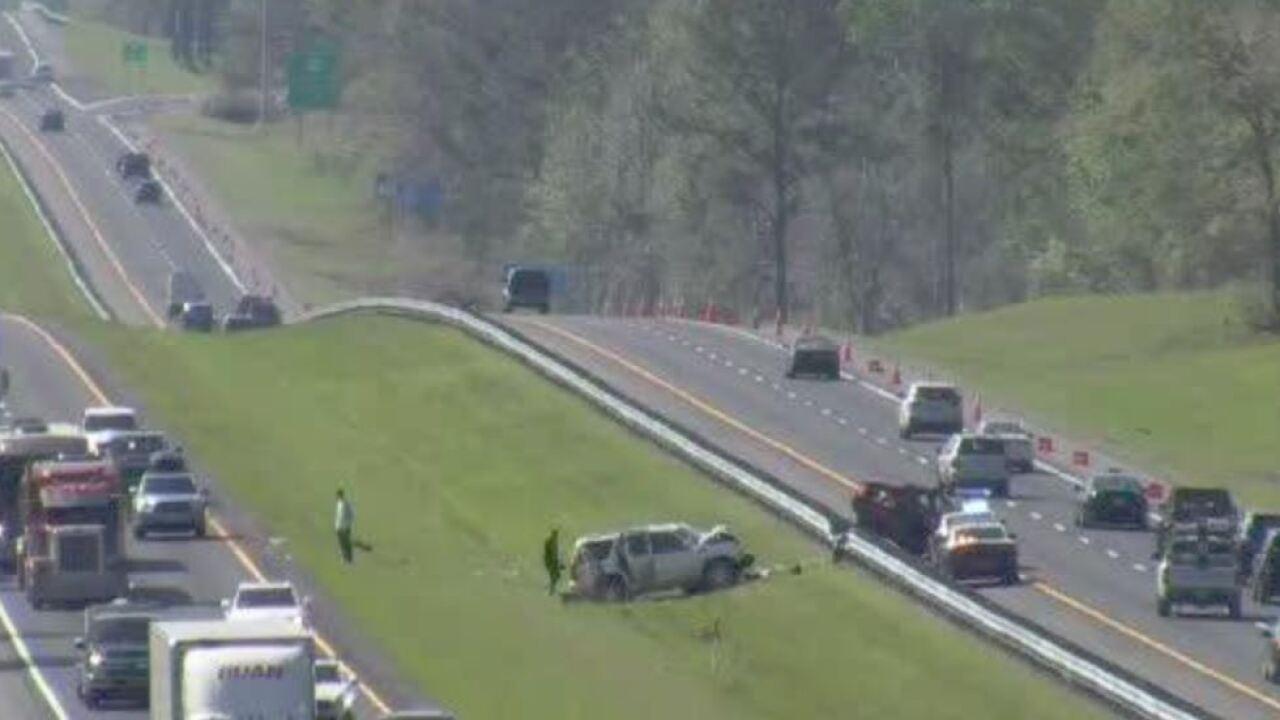 Troopers investigate multi-car crash on I-10 in Gadsden County