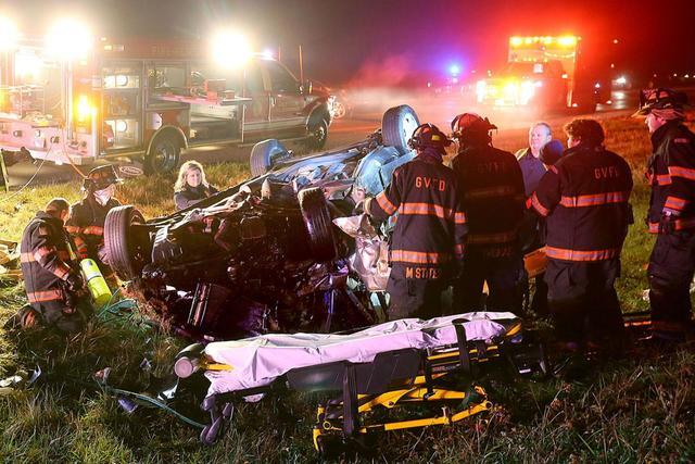 Driver charged in crash that killed 2 teens