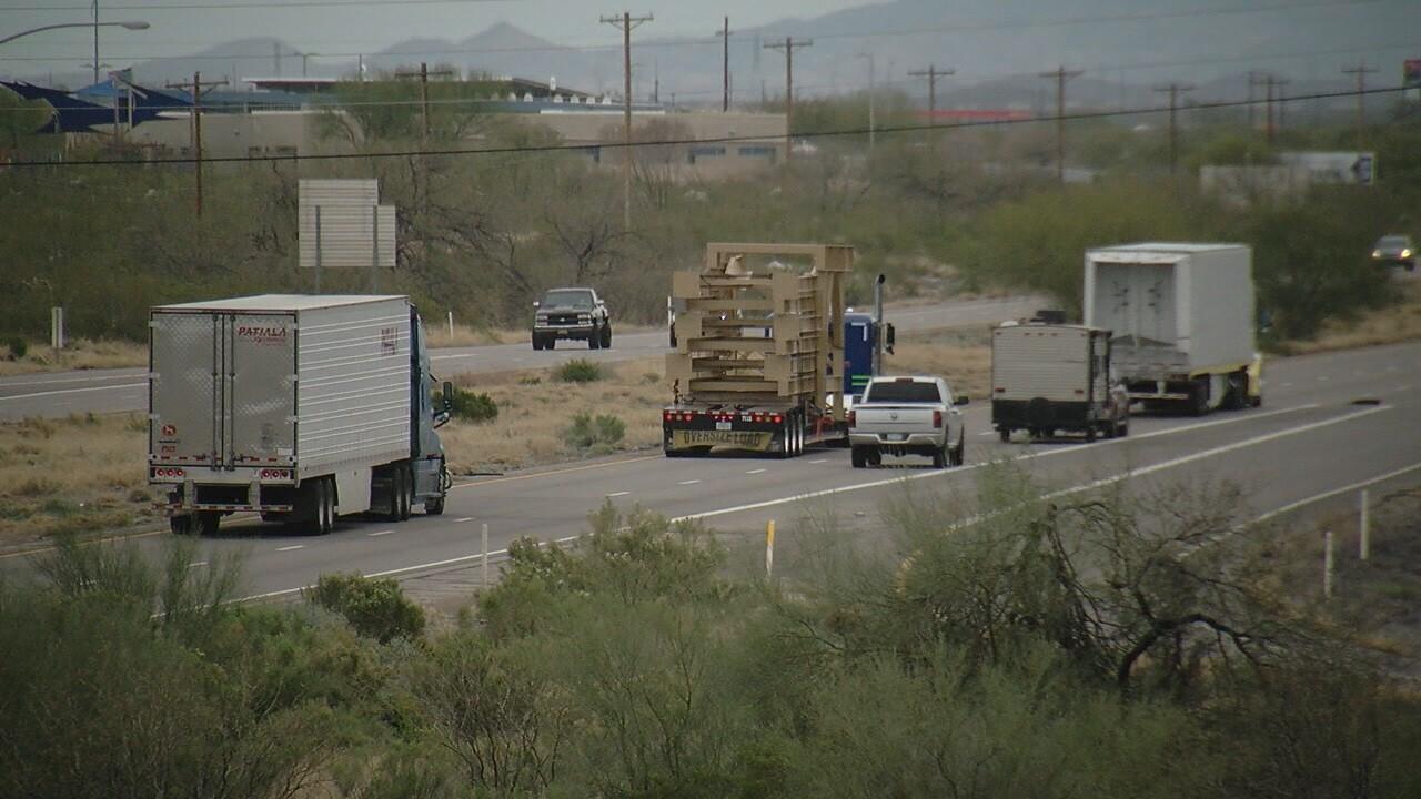 2019-03-08 Wind and trucks-I-10-2.jpg