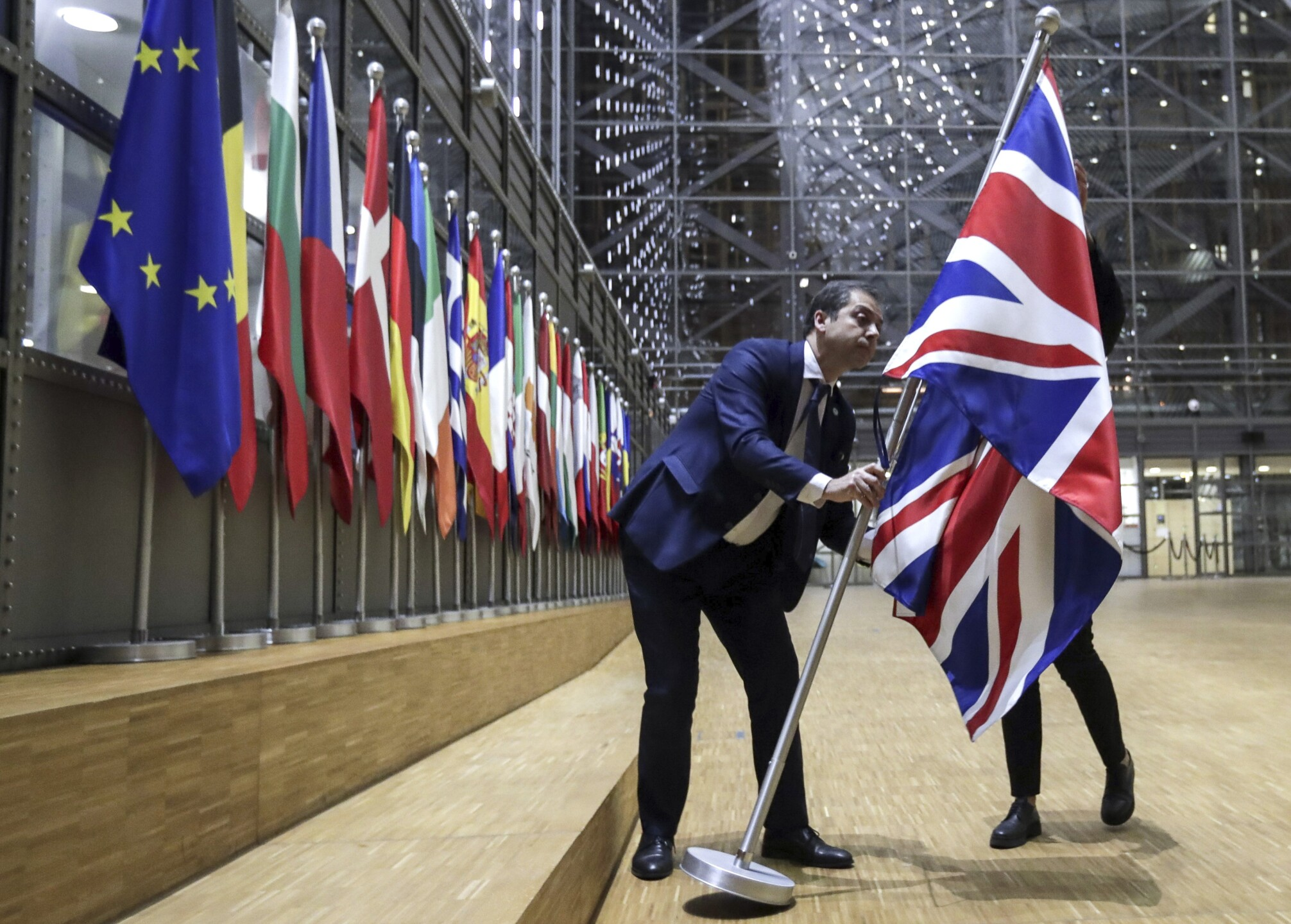 Photos: Britain leaves the European Union, leaps into the unknown