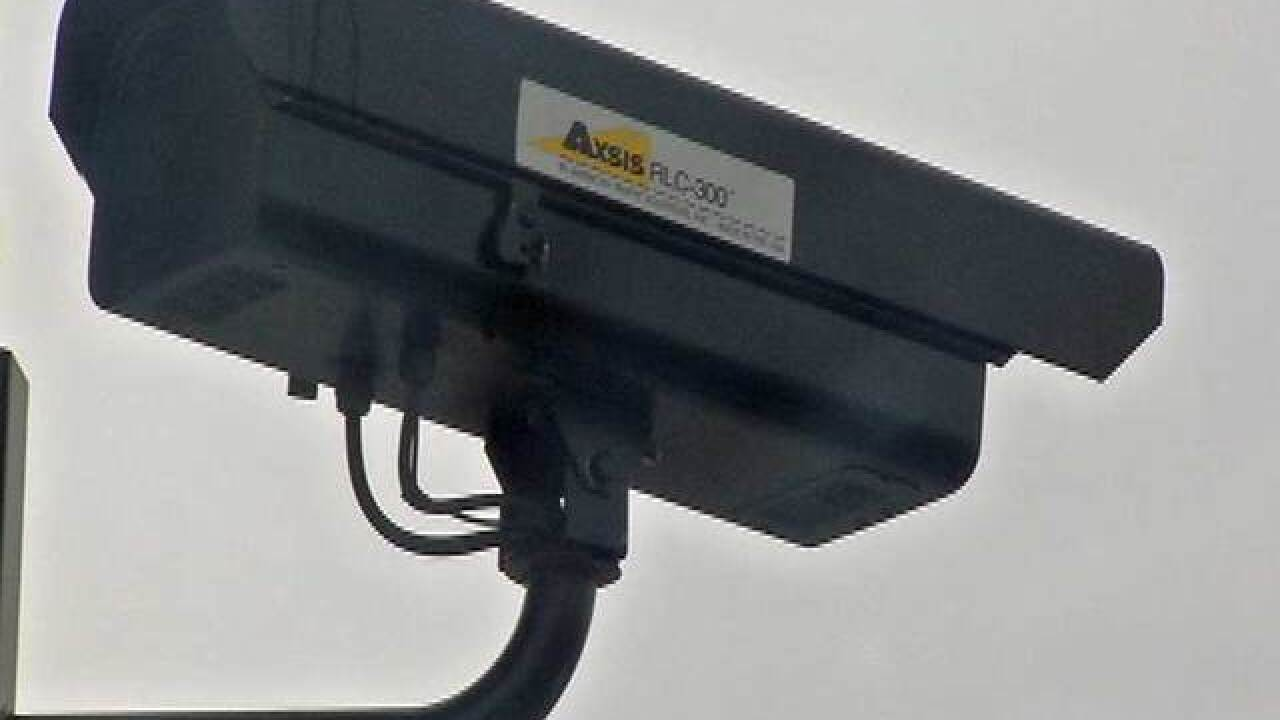 Lawmakers working on red-light camera limits