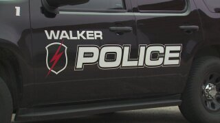 Walker police warn of suspicious person