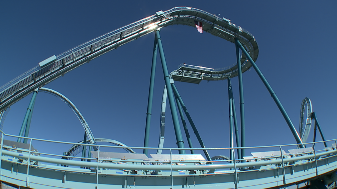 SeaWorld Emperor roller coaster