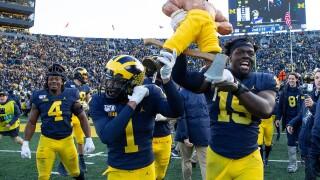 Paul_Bunyan_Trophy_Michigan State v Michigan