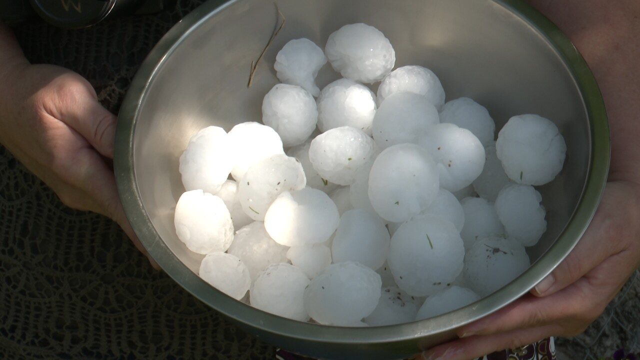 Large hail causes damage in Townsend neighborhood