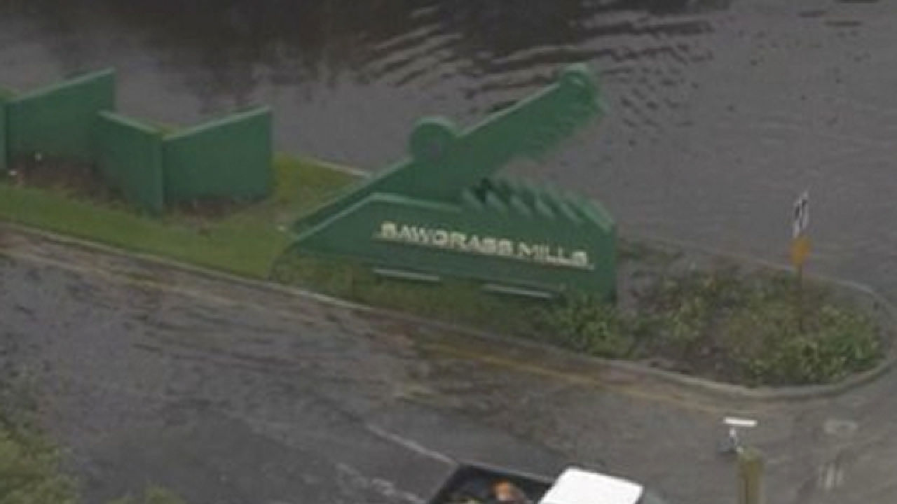 Sawgrass Mills mall in Sunrise remains closed Friday due to flooding