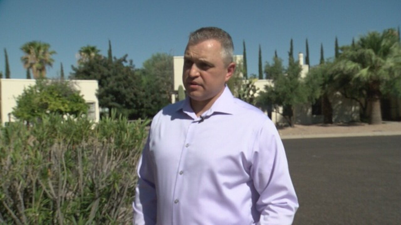 Tucson man to fight Trump nomination at...
