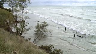 Michigan easing permit process to fight lakeshoreerosion