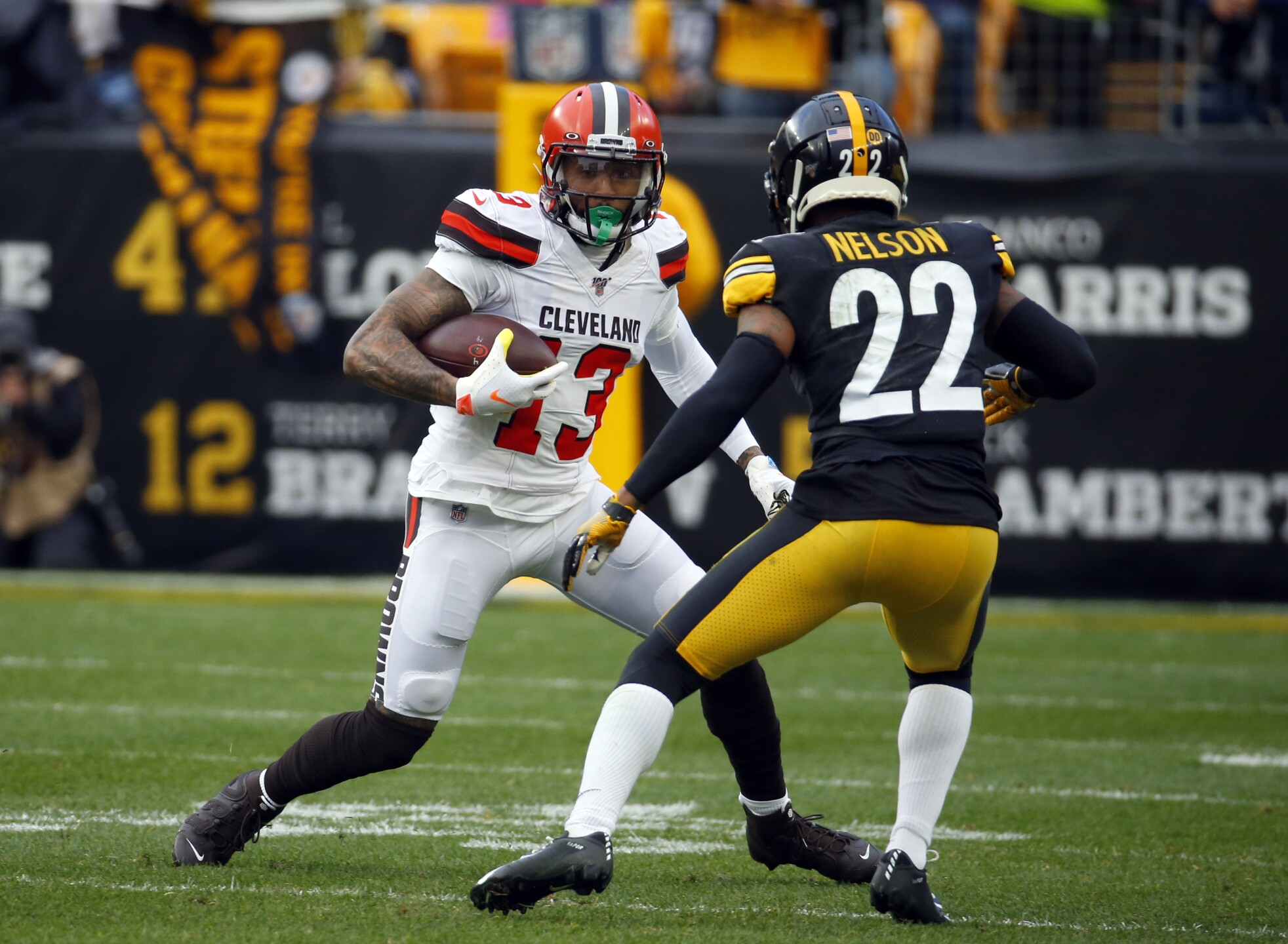 Cleveland Browns v Pittsburgh Steelers