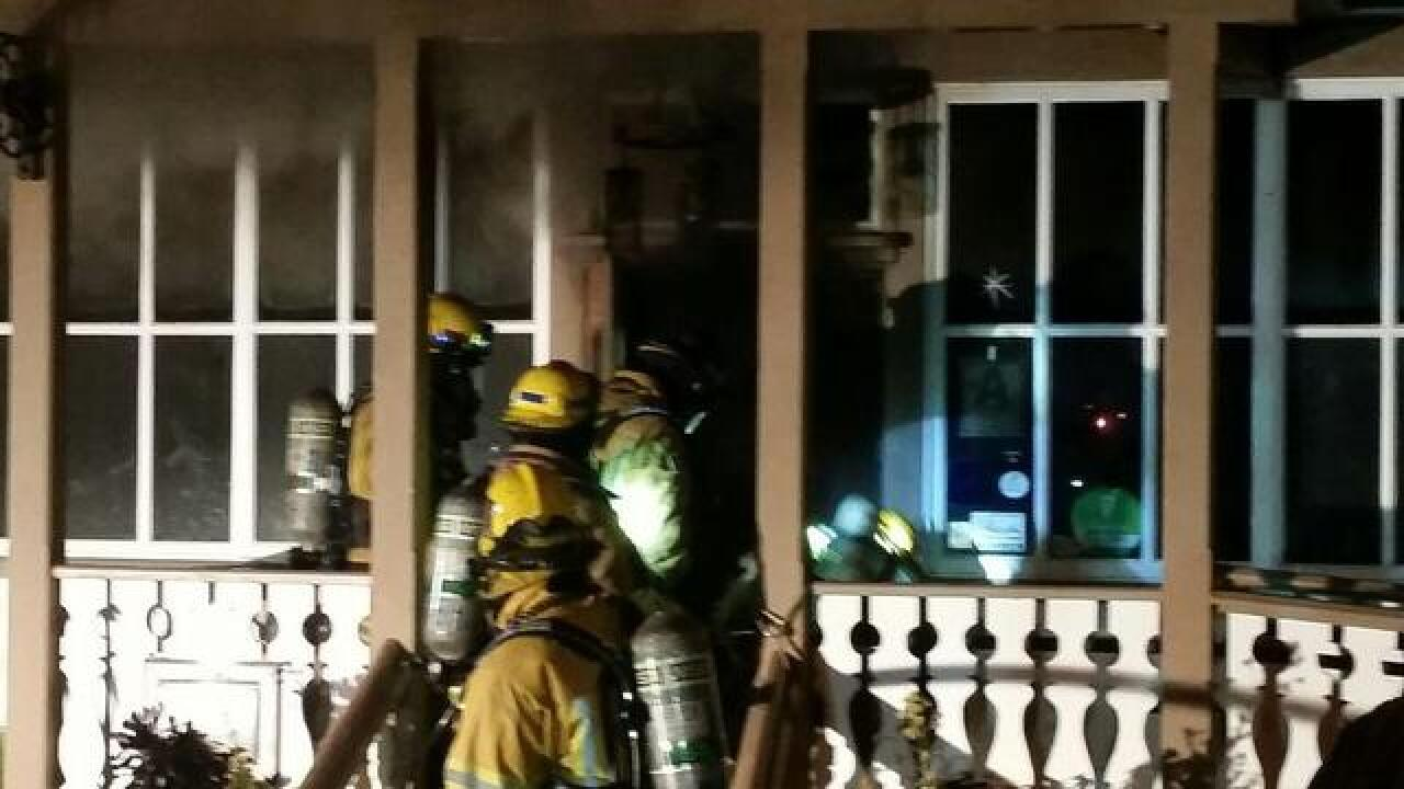 2-alarm fire tips through Fallbrook restaurant